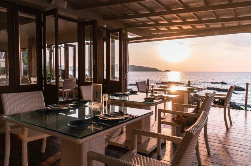 Sea Salt Lounge & Grill - one of the best beachfront restaurants