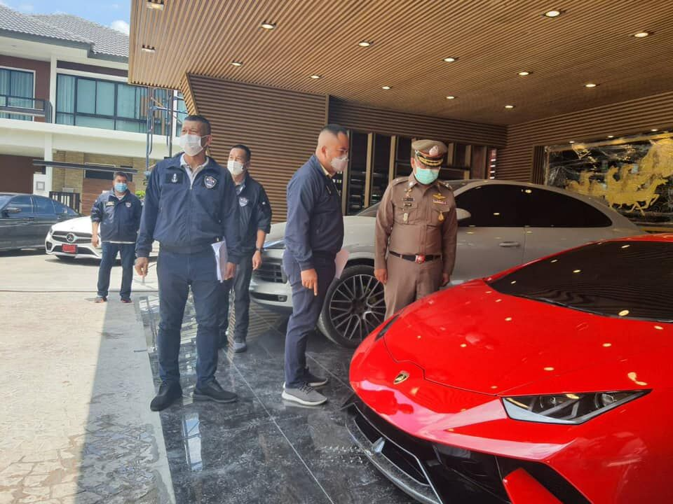 18 arrested and 8 luxury cars seized in alleged online gambling operation bust | News by Thaiger