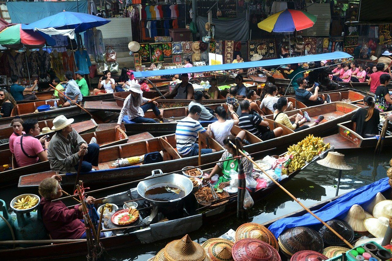 Things to do correctly in Thailand. Image by Dean Moriarty from Pixabay