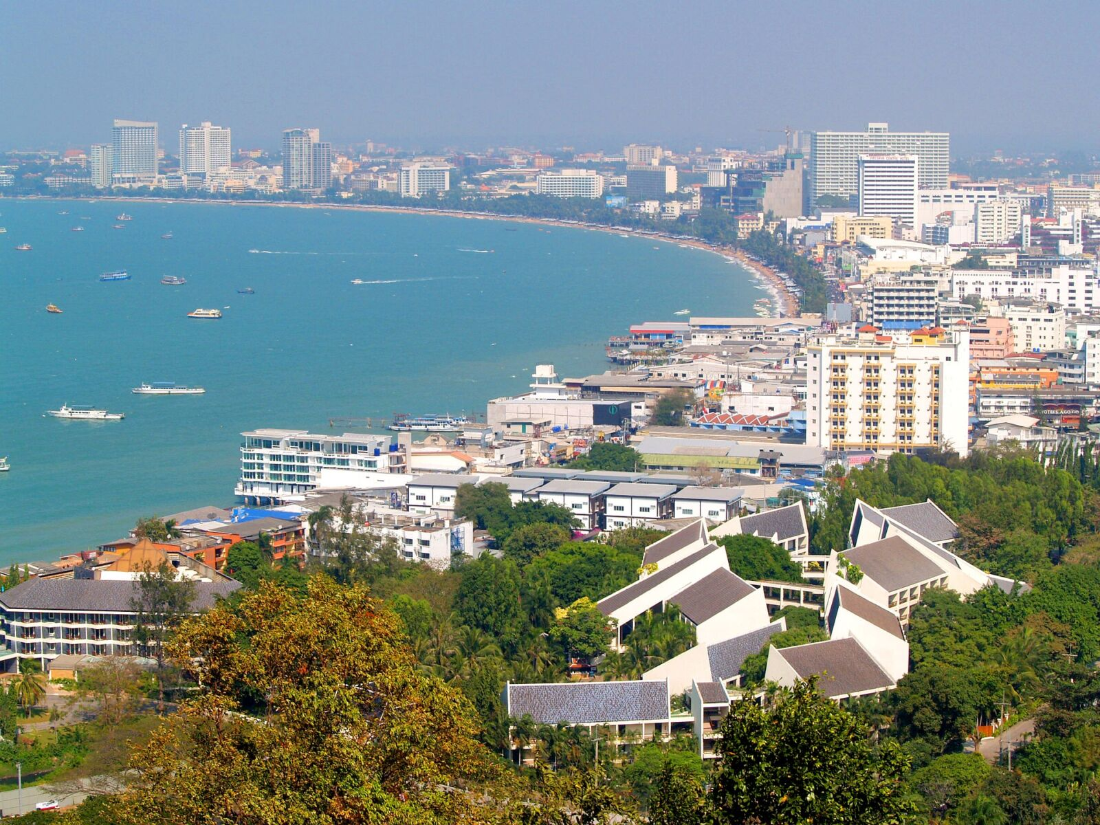 Pattaya. Image by 41330 from Pixabay