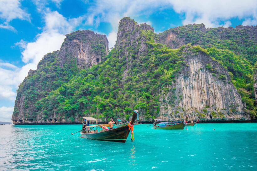 Phi Phi Island Tours. Photo via tawatchai07/freepikcom