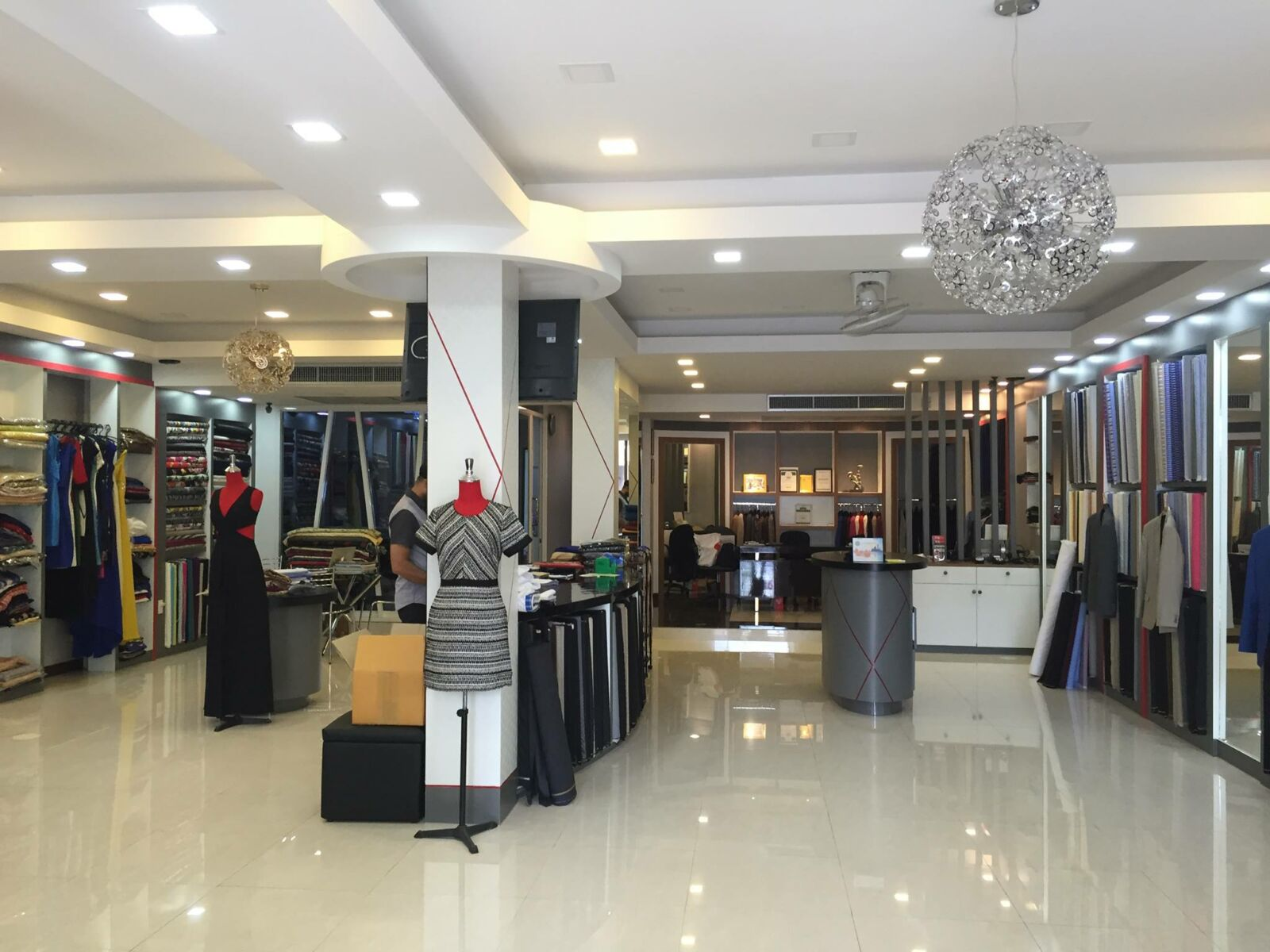 RK Tailor and Fashions