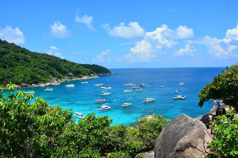Similan Islands. Photo via Vickiiz2326/Pixabay - Phuket Day Tours