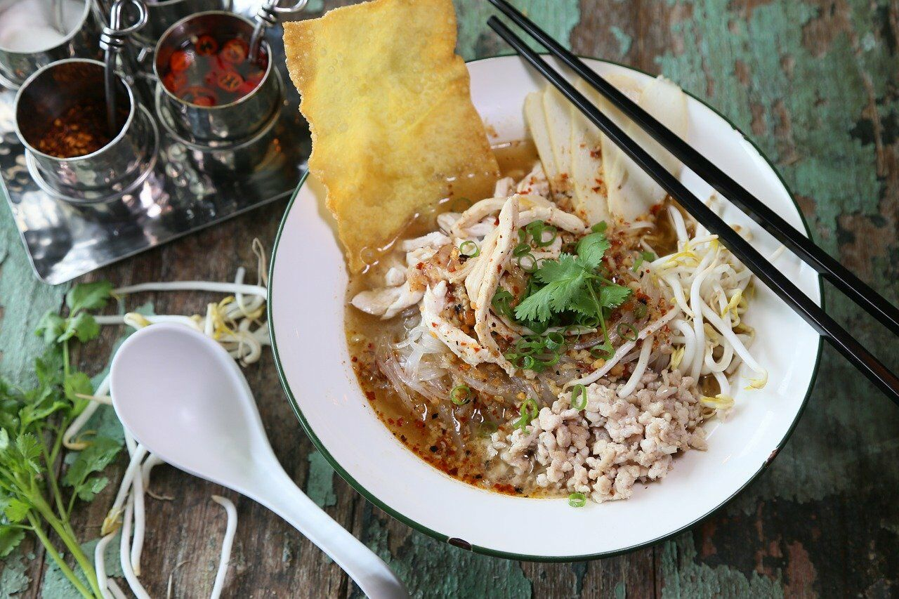 Tom Yum Noodle. Image by Huahom from Pixabay